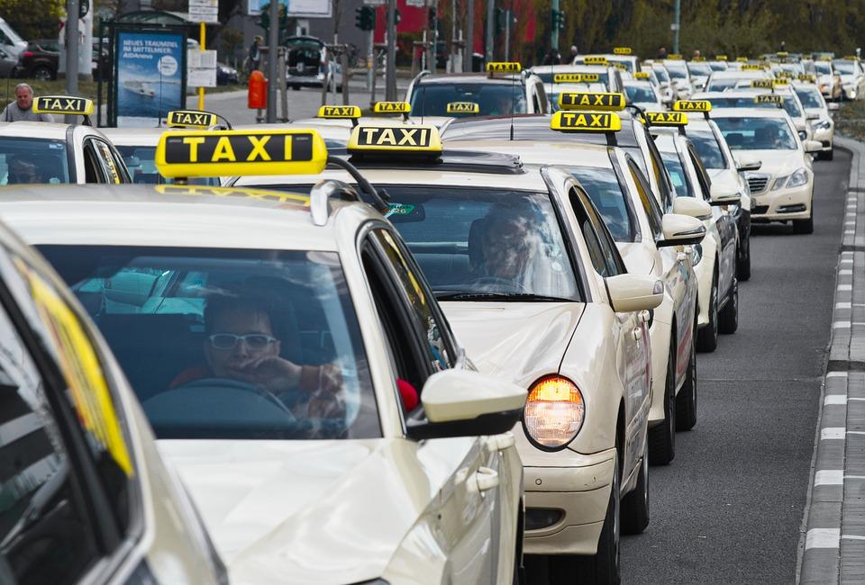 kolona taxi