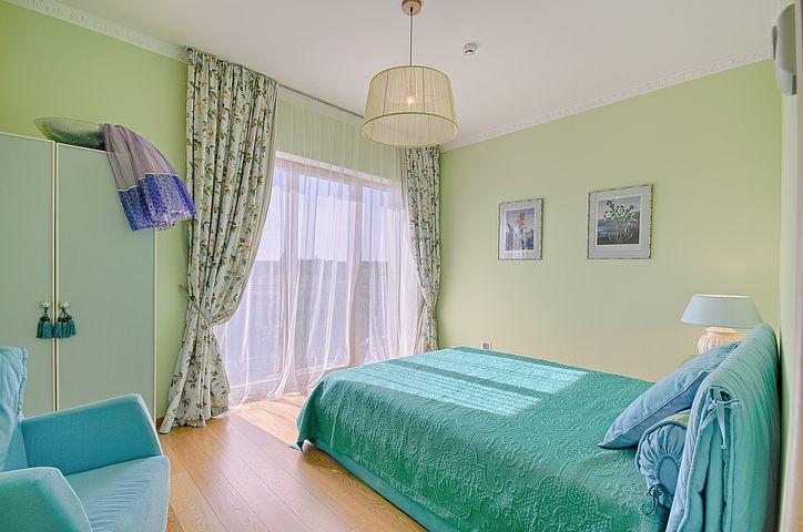 ložnice tyrkysová